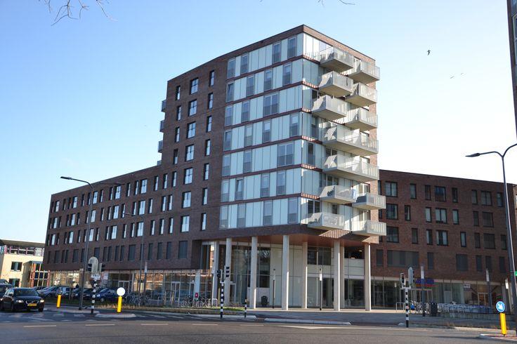 Appartementen en winkelcentrum Velp side overview