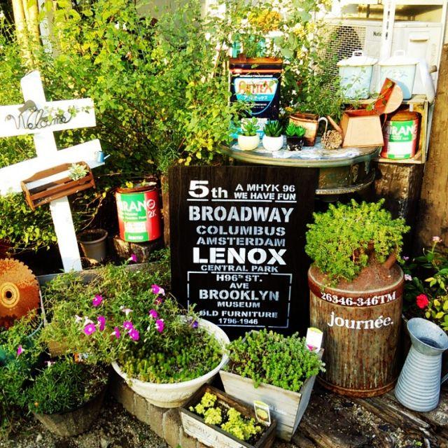 H_Sさんの、花,ペンキ缶,錆びサビ,ミルク缶,男前ボード,観葉植物,ステンシル,多肉植物,DIY,玄関/入り口,のお部屋写真