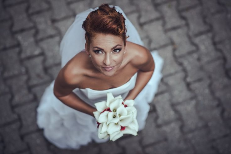 Erika   Photo: Big Day Moments   Wedding makeup: Dora Graff