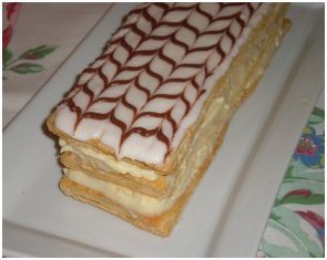 Acropolis strawberry patch cake recipe