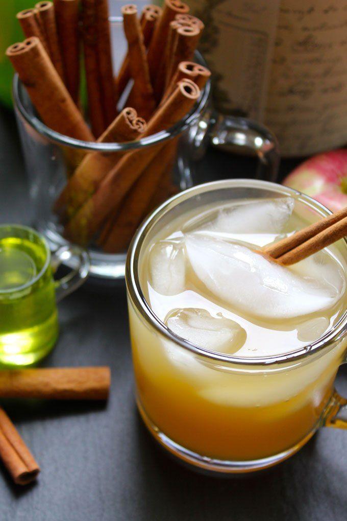 APPLE CIDER & GINGER BEER COCKTAIL