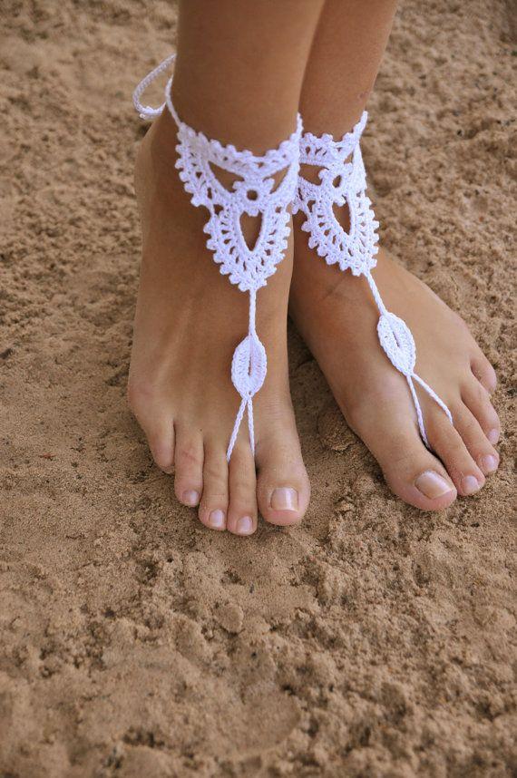 Playa boda Crochet blanco boda descalzos sandalias, zapatos Nude, joyería de los pies, nupcial, Victorian Lace, Sexy, Yoga, tobillera