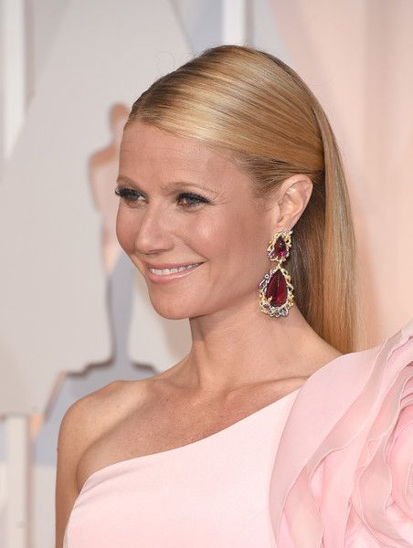 Gwyneth Paltrow Photos: Arrivals at the 87th Annual Academy Awards — Part 3