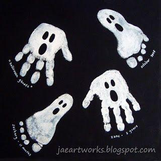 Fingerabdruck, Fussabdruck Geister für Halloween basteln / malen