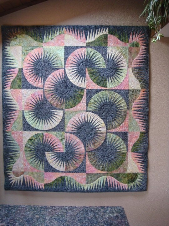Kiwi (Japanese Fan) ~ Quiltworx.com   Made by  Sheree Maddex  Chicago IL  Quilted by Harriet Carpanini