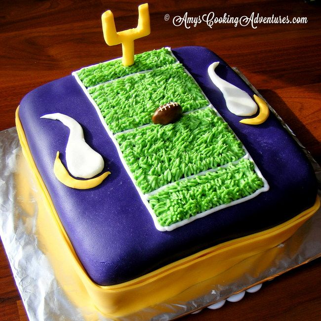 Amy's Cooking Adventures: MN Vikings Cake  Vikings fans: check out Greg Jennings do a live web chat on 11/19 at Facebook.com/FedEx, Tweet your questions to #AskJennings