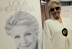 """Aunque se lo habían pedido muchas veces, Lola Herrera siempre declinó la oferta de poner su vida negro sobre blanco. """"¿Qué iba a contar yo q..."""