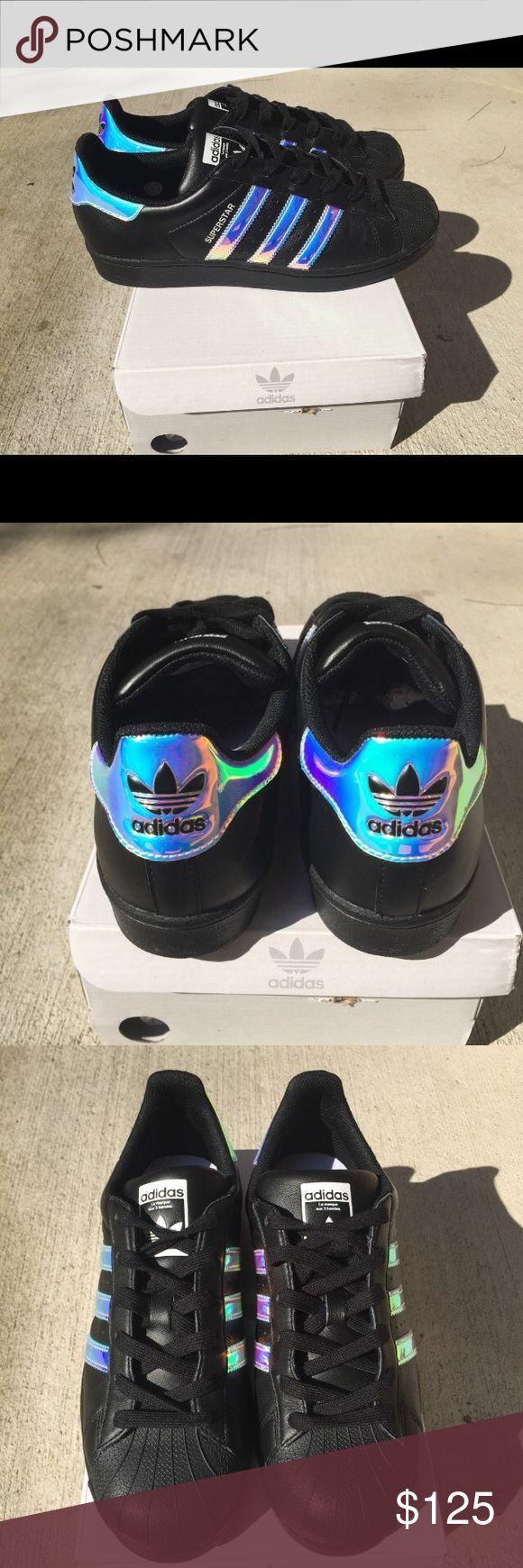 Holographische adidas Frauen Größe 7 ▪ 7Adidas Womens Superstar Größe 7 ▫️Custo … – Shoes