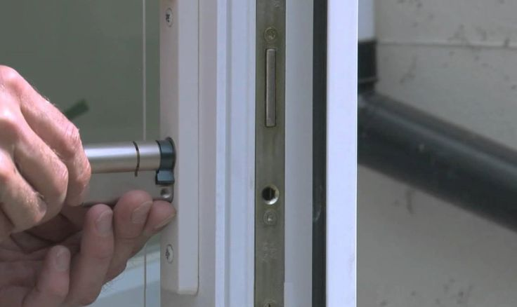 A good locksmith team can deal with locks for any kind of doors. We are one of those teams. We provide services for wooden, metal and even UPVC doors.