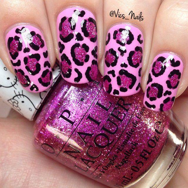 Cheetah acrylic nails with hello kitty