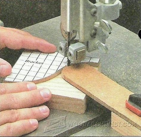 Pattern Cutting on a Band Saw - Band Saw Tips, Jigs and Fixtures - Woodwork, Woodworking, Woodworking Tips, Woodworking Techniques