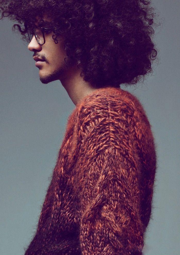 Beautiful afro. Beautiful knit.