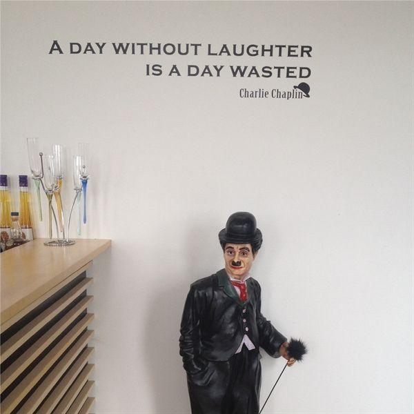 En dag uden latter, er en dag spildt... Så sandt som det står skrevet - Køb nu på www.nicewall.dk