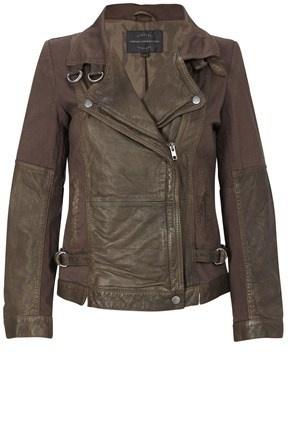 Such a rad, trendy jacket!!!!