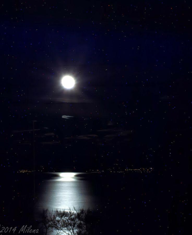 Teta Pehta: Månen