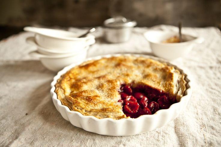 Kitchenette -  Višňový pie z domácího listového těsta