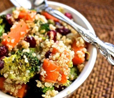 Quinoa al vapor, ligera y deliciosa ¡Te encantará!   #Quinoa #QuinoaAlVapor #QuinoaConVerduras #RecetasConQuinoa #RecetasVegetarianas #CocinaVegetariana #CocinarQuinoa