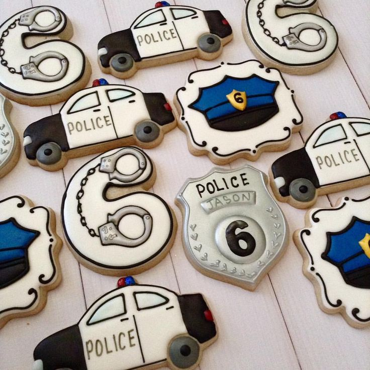 "26 Likes, 1 Comments - Jo Ann Mello (@just2cute_cookies_) on Instagram: ""Police 6th Birthday party treats . #handcuffcookies #policecookies #birthdaycookies #royalicing…"""