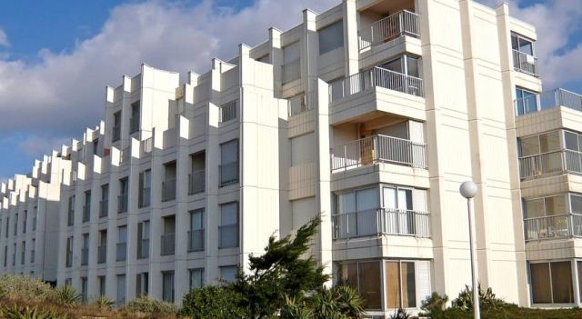 Marine Soulac - 1 Star #Apartments - $100 - #Hotels #France #Soulac-sur-Mer http://www.justigo.us/hotels/france/soulac-sur-mer/marine-soulac-sur-mer_58042.html