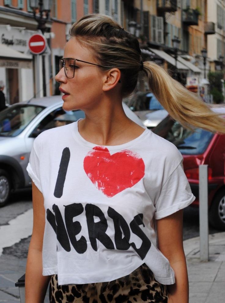 Nerds ARe so Cool!: Nerdy Girls, Casual Friday, Glassi Girls, Glasses, Girls Generation, Hot Ii, Sexy Hot, Plain T Shirts, Nerd Shirts