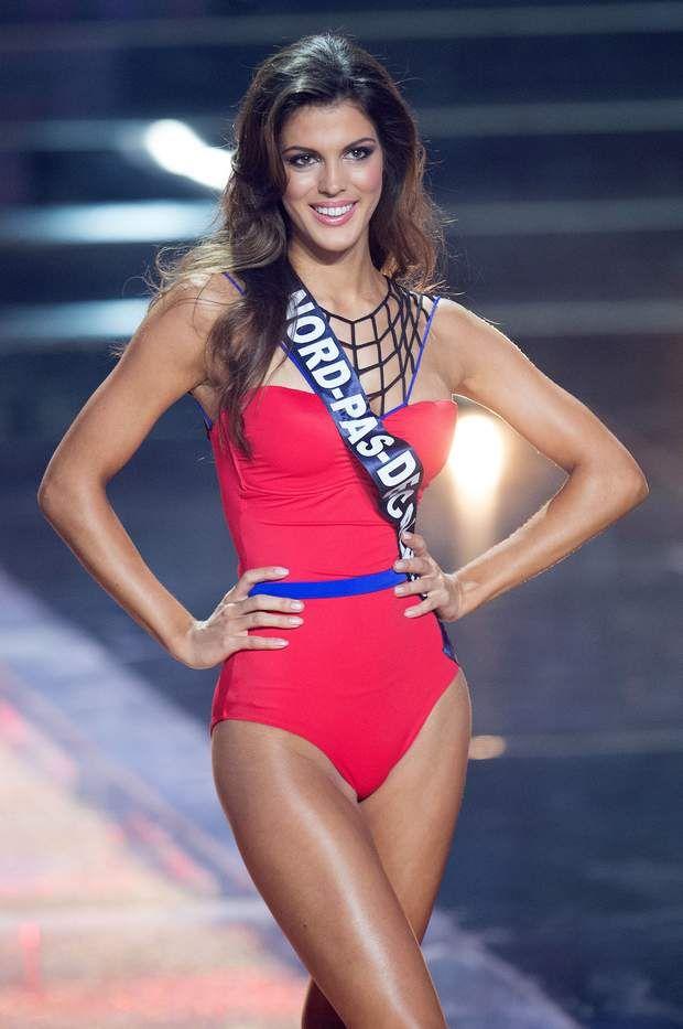 Miss Nord Pas de Calais, Iris Mittenaere, lors de son passage en maillot de bain une-pièce