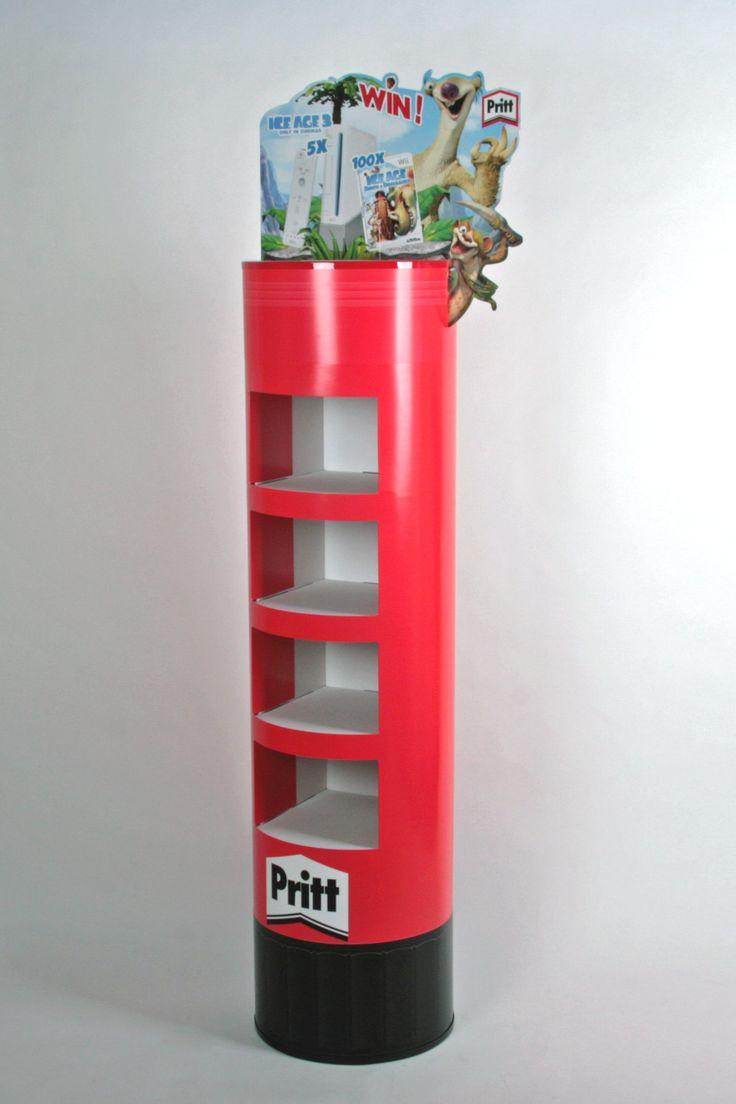 Misschien wel de grootste Pritt-stift ter wereld, uitgevoerd als vloerdisplay door http://www.puldisplay.com