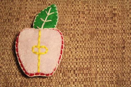 Half and Apple felt brooch. Because I love apples.