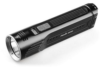 Fenix UC52: Rechargeable LED flashlight delivers 3100 lumens and 253 meter beam