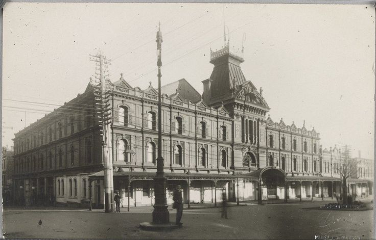 Her Majesty's theatre, Exhibition St, Melbourne, c1914