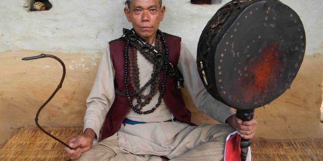 Orvosok és sámánok Nepálban