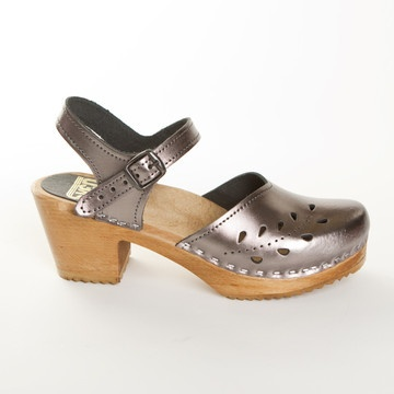 Mary Jane Leaf Punch Pewter, $135, now featured on Fab. Sven Clogs