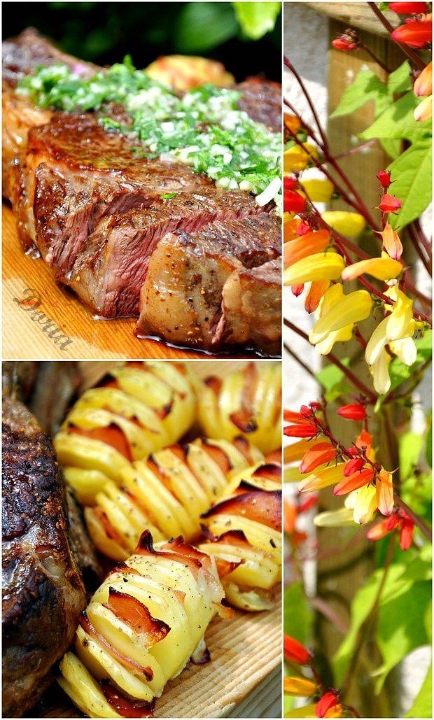Côte de boeuf et sauce aux herbes, pommes de terre éventail au bacon