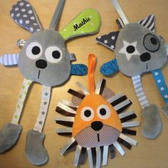 Doudou attache tétine - lion lapin chat - réservé