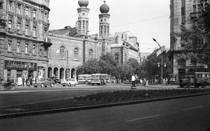 Dohany street synagogue, 1966