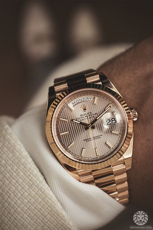 #TheJewelleryEditorLoves the rose gold shine coming from this Rolex. #WatchStyle