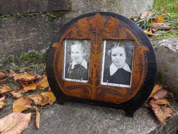 Antique picture frame  Vintage wooden picture frame by RetroSaffer