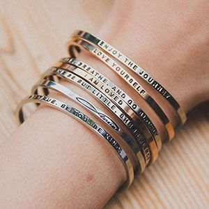 Need to get your daughter a sweet 16 gift? Here are some sweet 16 jewelry ideas, plus some other cool purchases for this milestone birthday.