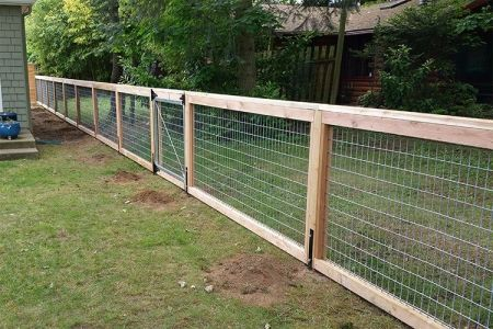 This Is Our Deschutes Style Fence It Blends Wood And
