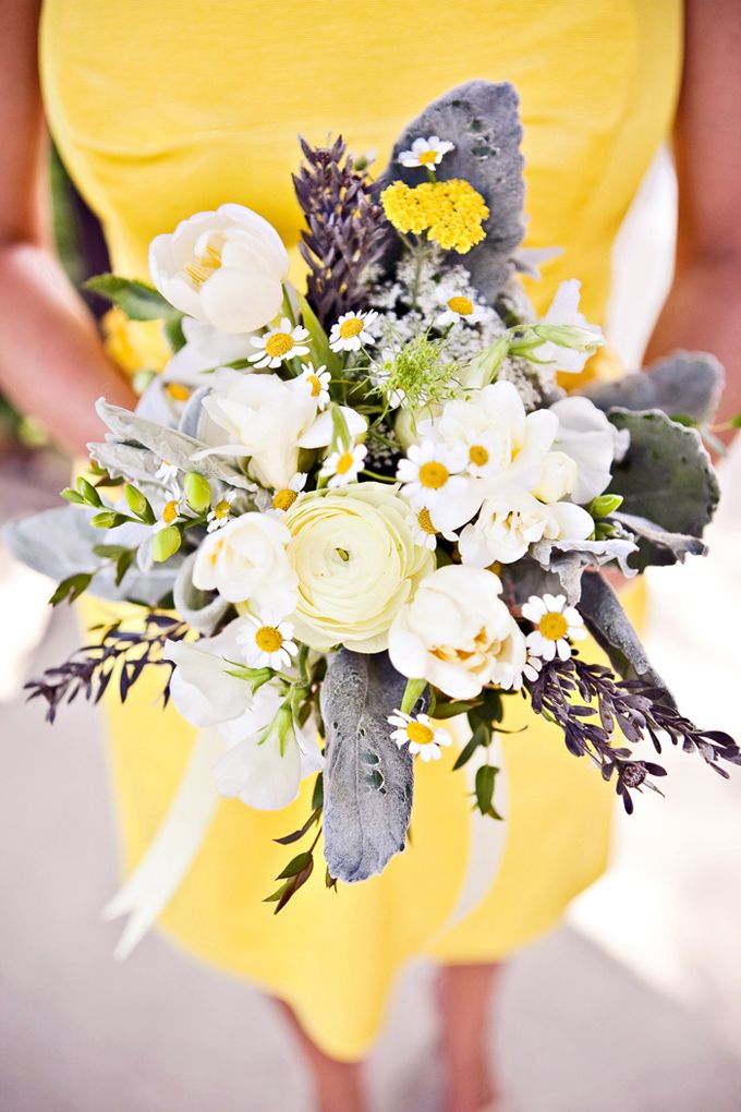 loving this color pallet, mostly white which works with the beach, the mustard yellow would be very spring, but NO BLUE, NO daisies.