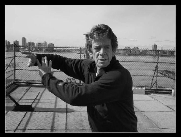 Lou Reed practicing Yang-style tai chi...