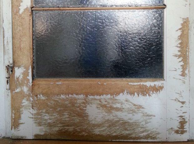 Oprava zdemolovaných dveří