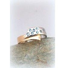 Alliance Ruban bicolore , Diamants bleus