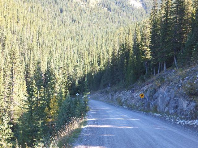 GravelTravel.ca -- Forestry Trunk Road