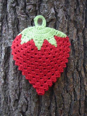 La Crochetnauta: Agarradera frutilla