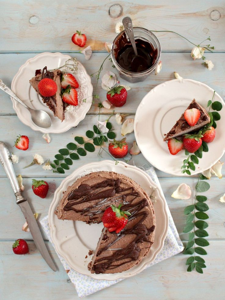Triple Chocolate Raw Cheesecake with Caramel Crust