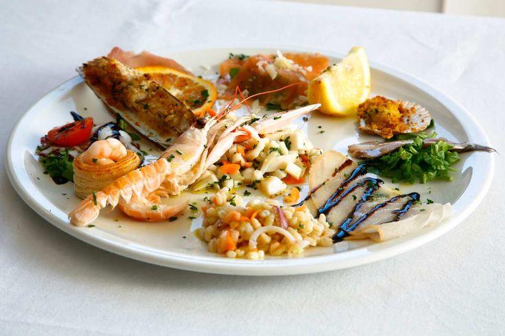 ♡ Un piatto di pesce del ristorante Villa Clelia a #Sirolo ♡ A seafood dish at the restaurant Villa Clelia in #Sirolo