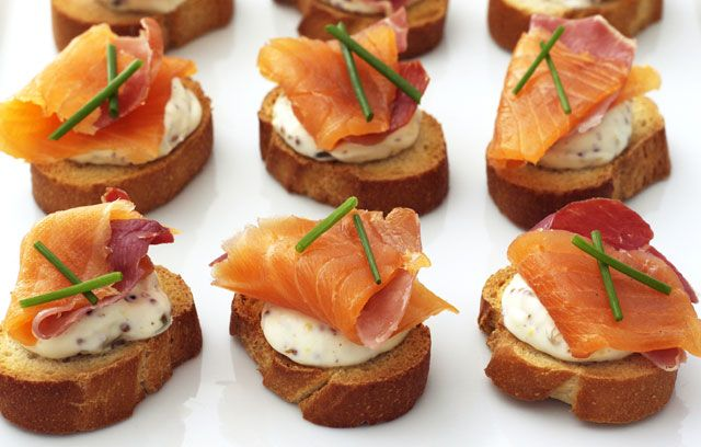 Christmas morning canapes buffet party pinterest for Christmas canape