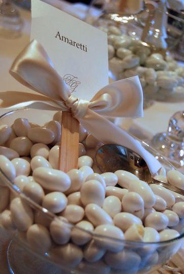 Matrimonio.it | #confetti #amaretti #confettata #love #pink
