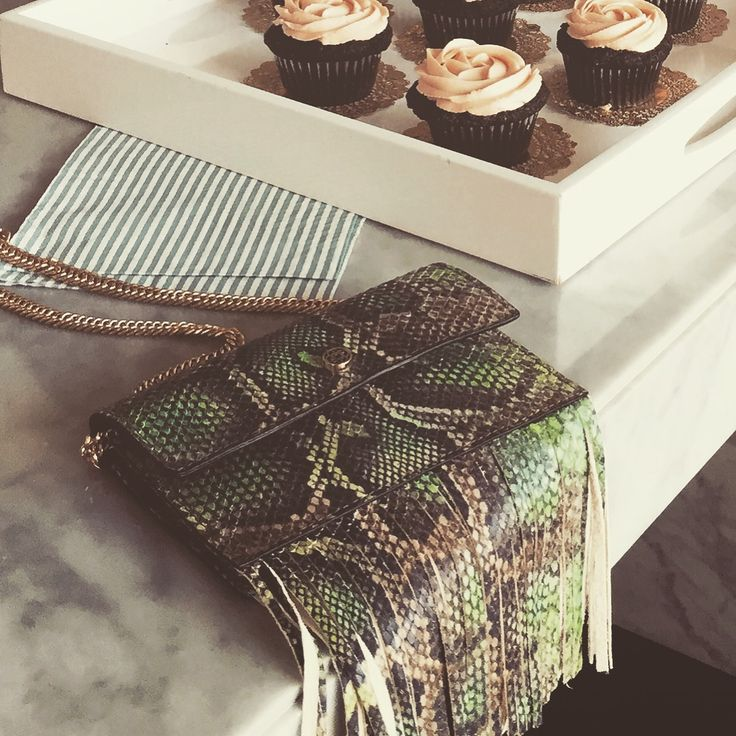 Cup cakes for breakfast at walking closet with the coconut bag