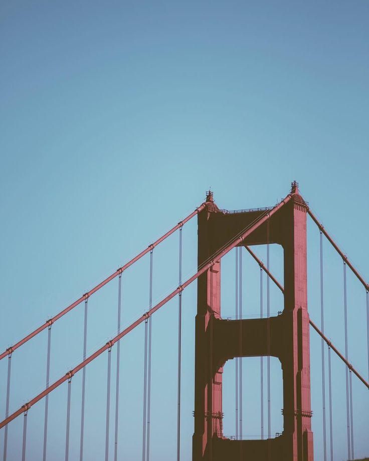 San Franciscou0027s Golden Gate Bridge from the